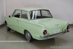 Ford_Cortina_1962_ext1