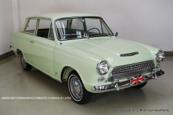 Ford_Cortina_1962_ext10