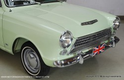 Ford_Cortina_1962_ext11
