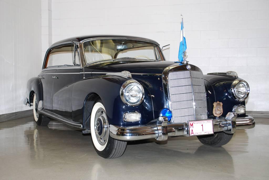 Mercedes_300D_1958_1rf