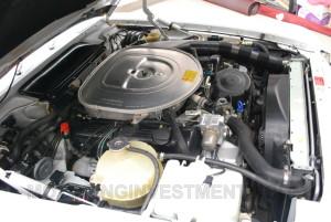 1989 Mercedes 560SL Engine bay