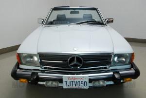 1989 Mercedes 560SL exterior photo