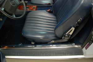 1989-mercedes-560sl-interior-10
