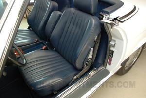 1989-mercedes-560sl-interior-11