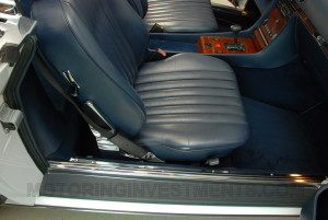 1989-mercedes-560sl-interior-13