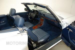 1989-mercedes-560sl-interior-3