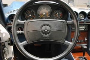 1989-mercedes-560sl-interior-4