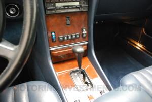 1989-mercedes-560sl-interior-5