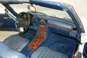 1989-mercedes-560sl-interior-8