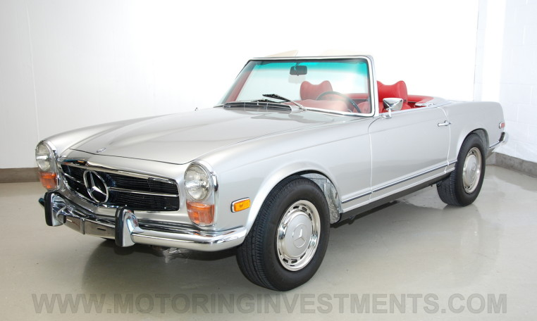 1971 Mercedes 280SL #180 silver left front view