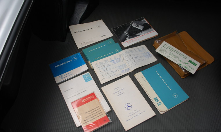 Mercedes 280SL books, manuals, packet