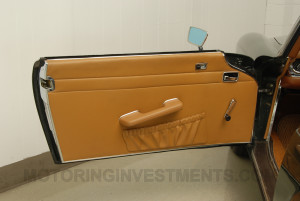 280SL-interior-doorpanel-1