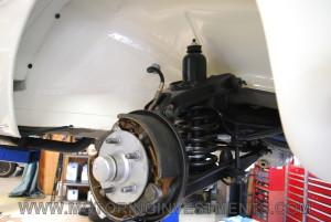 1957-mercedes-190sl-brakes1