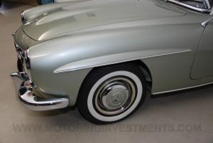 1959-Mercedes-190SL-12