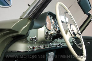1959-Mercedes-190SL-36