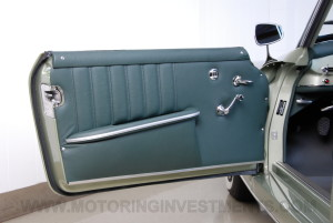 1959-Mercedes-190SL-43