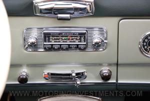 1959-Mercedes-190SL-47