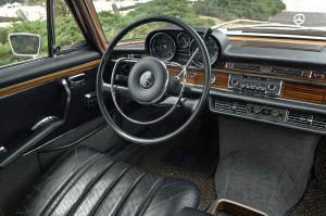 1967-Mercedes-300SEL-3