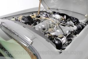 W113-Pagoda-engine-2