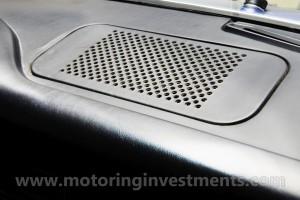1970-Porsche-911T-Interior-Details-4