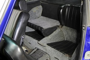 1970-Porsche-911T-Interior-Details-6 (2)