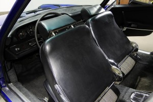 1970-Porsche-911T-Interior-Details-7