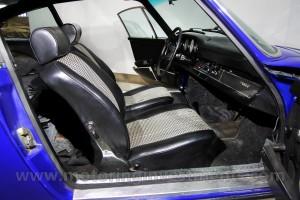 1970-Porsche-911T-Interior-Details-8