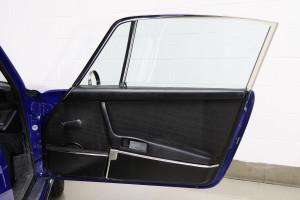 1970-Porsche-911T-Interior-Detailsl-3