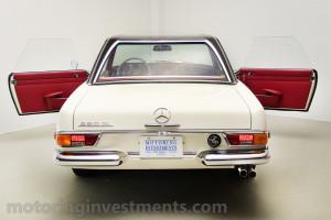 1971-Mercedes-280SL-Exterior-11