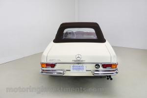 1971-Mercedes-280SL-Exterior-16