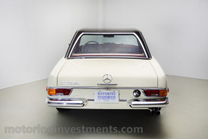 1971-Mercedes-280SL-Exterior-5