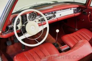 1971-Mercedes-280SL-Interior-10