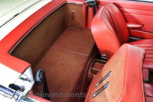 1971-Mercedes-280SL-Interior-2