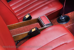 1971-Mercedes-280SL-Interior-4