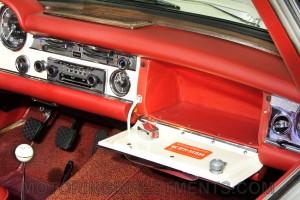 1971-Mercedes-280SL-Interior-6